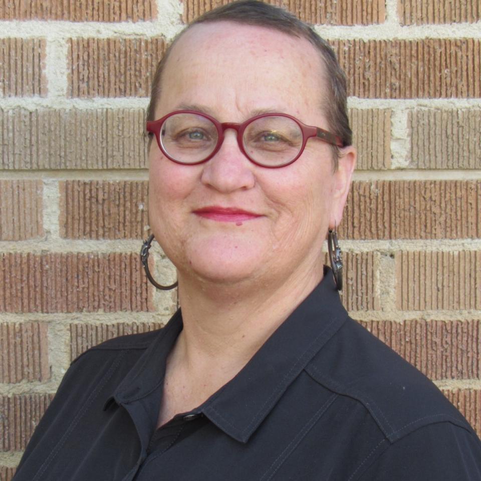 Gina Cornia